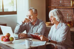 Basic Life Insurance Considerations for Retirement - image
